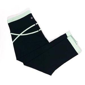 lululemon athletica Pants - Lululemon Roll Out Crop Leggings Black & Green, 8